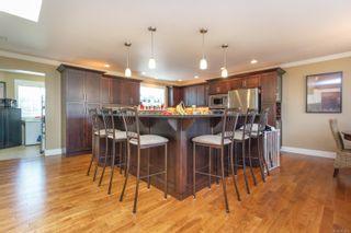 Photo 3: 543 Normandy Rd in : SW Royal Oak House for sale (Saanich West)  : MLS®# 851271