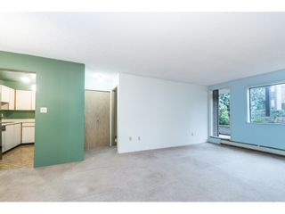 """Photo 3: 105 10644 151A Street in Surrey: Guildford Condo for sale in """"LINCOLN'S HILL"""" (North Surrey)  : MLS®# R2431314"""