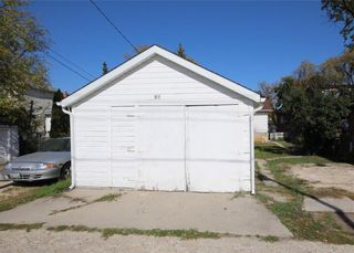 Photo 4: 500 Cathedral Avenue in Winnipeg: North End Residential for sale (4C)  : MLS®# 202124225