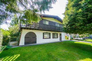 Photo 1: 7550 ROBIN Crescent in Mission: Mission BC House for sale : MLS®# R2585800