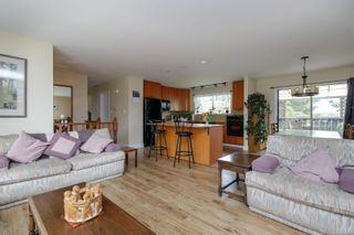Photo 11: 7635 East Saanich Rd in : CS Saanichton House for sale (Central Saanich)  : MLS®# 874597
