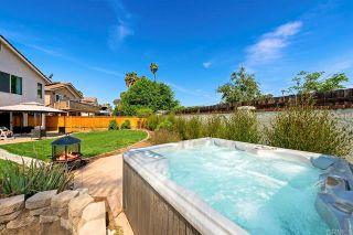 Photo 9: House for sale : 4 bedrooms : 154 Rock Glen Way in Santee