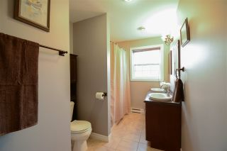 Photo 12: 1102 HIGHWAY 201 in Greenwood: 404-Kings County Residential for sale (Annapolis Valley)  : MLS®# 202105493