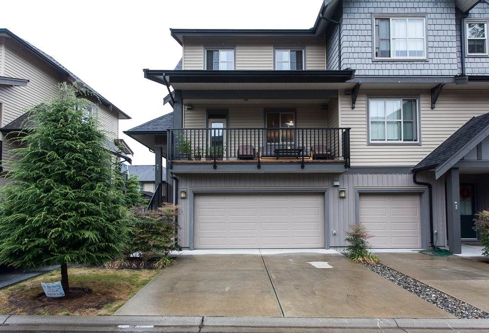 """Main Photo: 95 9525 204 Street in Langley: Walnut Grove Townhouse for sale in """"Time"""" : MLS®# R2104741"""