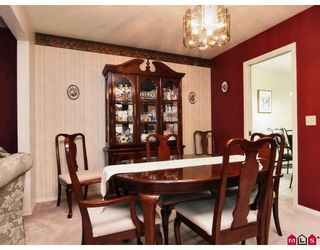 """Photo 2: 105 1450 MCCALLUM Road in Abbotsford: Poplar Townhouse for sale in """"CROWN POINT"""" : MLS®# F2833694"""