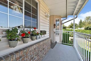 """Photo 3: 37 3110 TRAFALGAR Street in Abbotsford: Central Abbotsford Townhouse for sale in """"NORTHVIEW PROPERTIES"""" : MLS®# R2601681"""