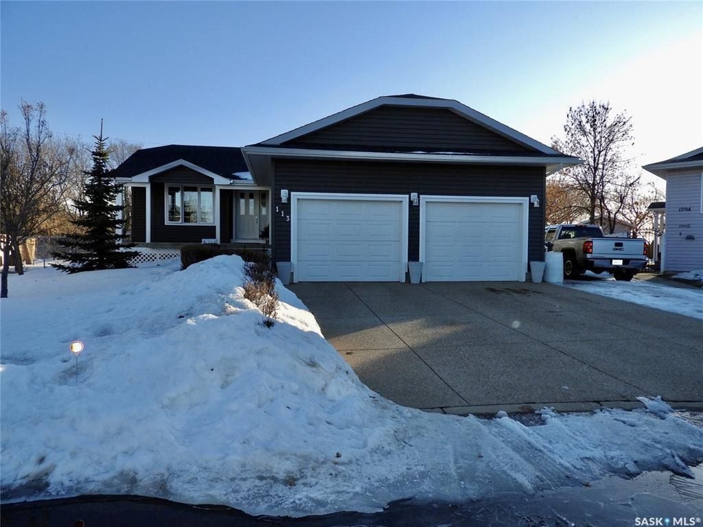 Main Photo: 113 Willow Court in Osler: Residential for sale : MLS®# SK846031
