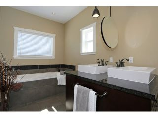 Photo 10: 1170 MAPLE ST: White Rock House for sale (South Surrey White Rock)  : MLS®# F1438764