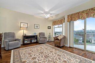 Photo 14: 25 4360 Emily Carr Dr in Saanich: SE Broadmead Row/Townhouse for sale (Saanich East)  : MLS®# 841495