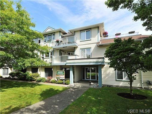 Main Photo: 310 400 Dupplin Rd in VICTORIA: SW Rudd Park Condo for sale (Saanich West)  : MLS®# 650886