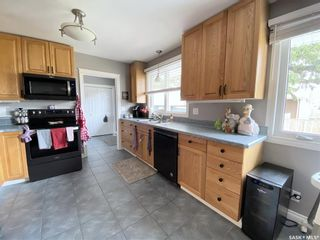Photo 7: 47 Carter Crescent in Outlook: Residential for sale : MLS®# SK854357