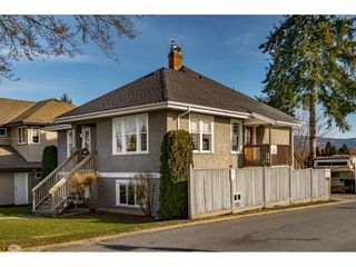 Photo 1: 12022 230 Street in Maple Ridge: East Central House for sale : MLS®# R2539410