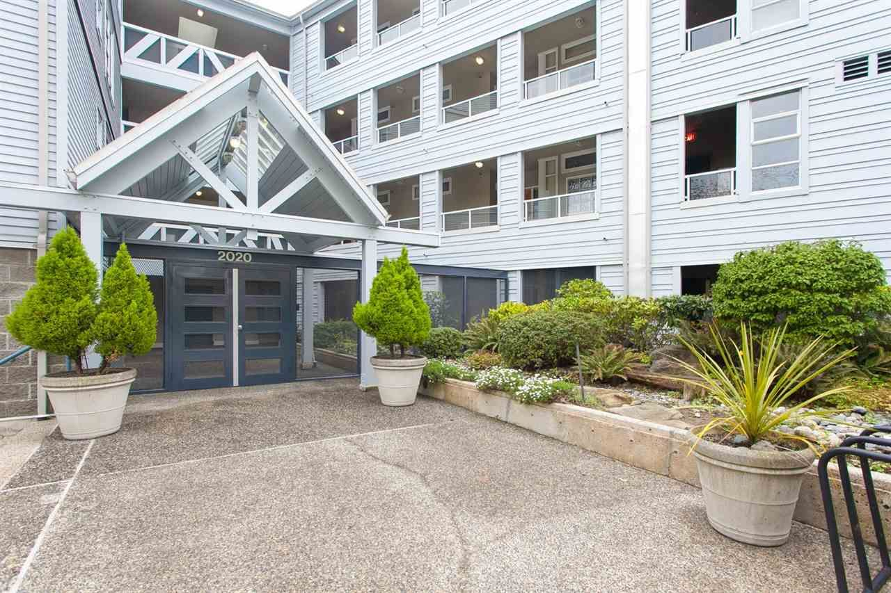 Main Photo: 403 2020 E KENT AVENUE SOUTH in : South Marine Condo for sale (Vancouver East)  : MLS®# R2054373