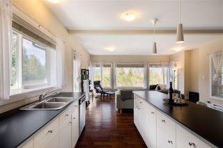 Photo 4: 1 5778 MARINE Way in Sechelt: Sechelt District Townhouse for sale (Sunshine Coast)  : MLS®# R2562361