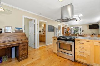 Photo 2: NATIONAL CITY House for sale : 4 bedrooms : 917 E 28th St