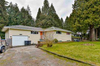 Photo 2: 12768 60 Avenue in Surrey: Panorama Ridge House for sale : MLS®# R2149274