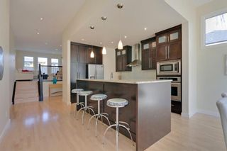 Photo 12: 455 29 Avenue NW in Calgary: Mount Pleasant Semi Detached for sale : MLS®# A1142737
