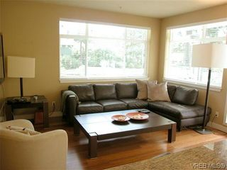 Photo 3: 103 611 Goldstream Ave in VICTORIA: La Fairway Condo for sale (Langford)  : MLS®# 614570