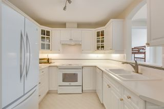 Photo 6: 403 5835 HAMPTON PLACE in Vancouver: University VW Condo for sale (Vancouver West)  : MLS®# R2429188