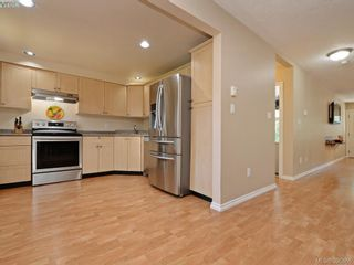 Photo 8: 103 2731 Claude Rd in VICTORIA: La Langford Proper Row/Townhouse for sale (Langford)  : MLS®# 793801