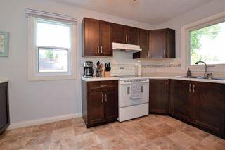 Photo 11: 300 Leighton Avenue in Winnipeg: North Kildonan Residential for sale (3F)  : MLS®# 202122047
