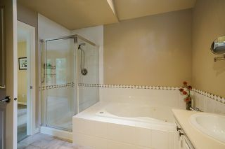 """Photo 26: 38 1550 LARKHALL Crescent in North Vancouver: Northlands Townhouse for sale in """"Nahanee Woods"""" : MLS®# R2545502"""