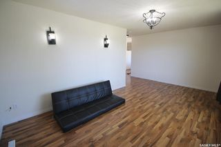 Photo 5: 450 Vancouver Avenue North in Saskatoon: Mount Royal SA Residential for sale : MLS®# SK860864