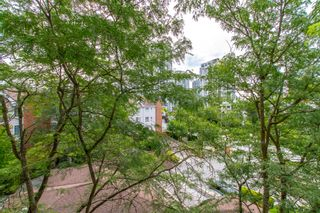 "Photo 9: 405 2963 BURLINGTON Drive in Coquitlam: North Coquitlam Condo for sale in ""BURLINGTON ESTATES"" : MLS®# R2393460"