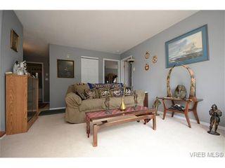 Photo 4: 102 873 Esquimalt Rd in VICTORIA: Es Old Esquimalt Condo for sale (Esquimalt)  : MLS®# 735561