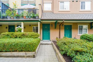 """Photo 2: 74 1561 BOOTH Avenue in Coquitlam: Maillardville Townhouse for sale in """"The Courcelles"""" : MLS®# R2619112"""