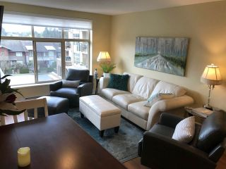 "Photo 2: 416 1211 VILLAGE GREEN Way in Squamish: Downtown SQ Condo for sale in ""Rockcliff"" : MLS®# R2359157"
