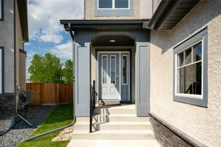 Photo 2: 36 Kelly Place in Winnipeg: House for sale : MLS®# 202116253