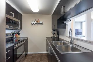 """Photo 5: 2201 9603 MANCHESTER Drive in Burnaby: Cariboo Condo for sale in """"STRATHMORE TOWERS"""" (Burnaby North)  : MLS®# R2608444"""