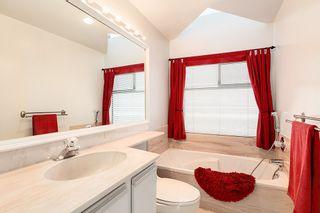 Photo 13: 2309 BELLEVUE Avenue in West Vancouver: Dundarave 1/2 Duplex for sale : MLS®# R2023795