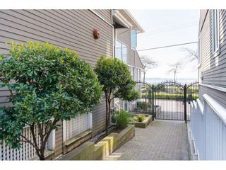 """Photo 20: 14843 MARINE Drive: White Rock Townhouse for sale in """"Marine Court"""" (South Surrey White Rock)  : MLS®# R2348568"""