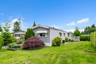 "Photo 1: 14 8670 156 Street in Surrey: Fleetwood Tynehead Manufactured Home for sale in ""WESTWOOD COURT"" : MLS®# R2377361"