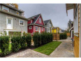 Photo 14: 928 E 20TH AV in Vancouver: Fraser VE House for sale (Vancouver East)  : MLS®# V1032676