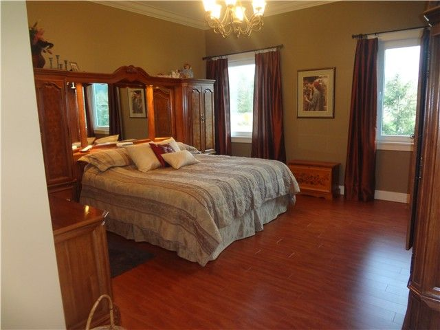 Photo 8: Photos: 43807 KEITH WILSON Road in Sardis: Sardis West Vedder Rd House for sale : MLS®# H1400617