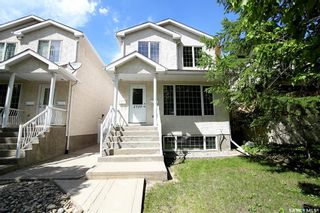 Photo 2: 2720 Victoria Avenue in Regina: Cathedral RG Residential for sale : MLS®# SK856718