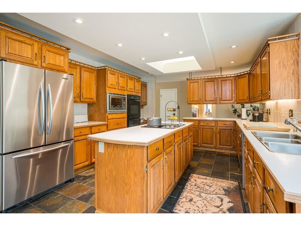 Photo 10: Photos: 21480 18 Avenue in Langley: Campbell Valley House for sale : MLS®# R2616707