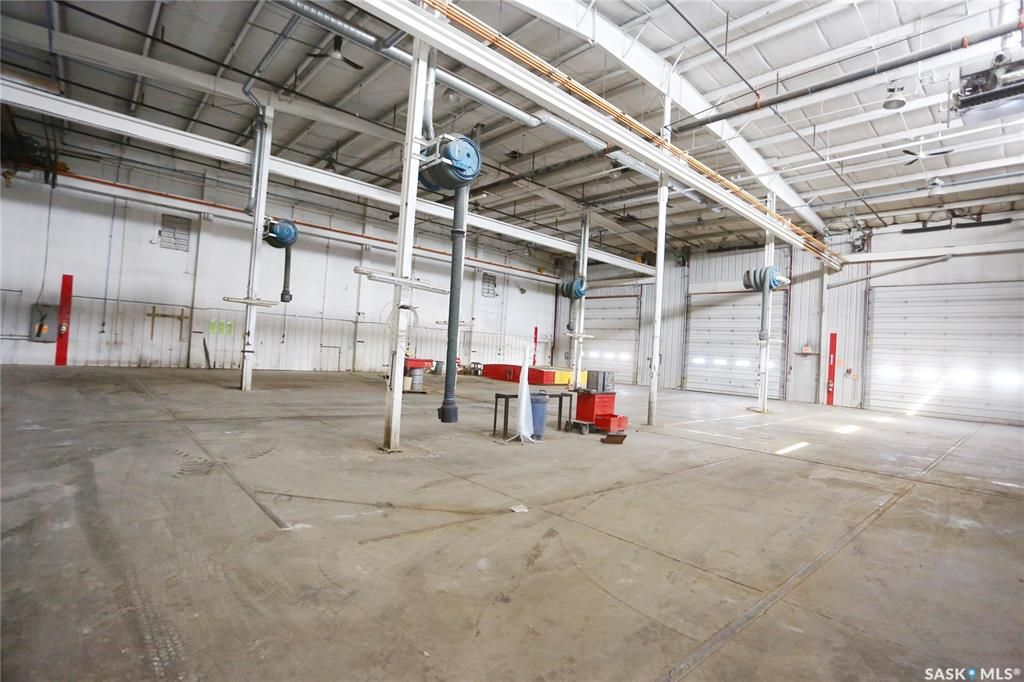 Photo 29: Photos: 2215 Faithfull Avenue in Saskatoon: North Industrial SA Commercial for sale : MLS®# SK852914