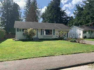 """Photo 2: 34250 GREEN Avenue in Abbotsford: Central Abbotsford House for sale in """"TEN OAKS"""" : MLS®# R2557481"""