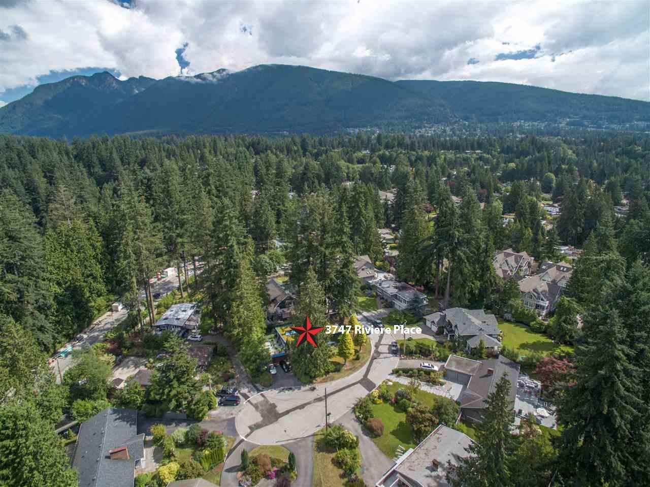 Main Photo: 3747 RIVIERE PLACE in : Edgemont House for sale : MLS®# R2089697