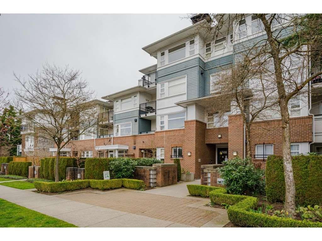 "Main Photo: 414 6508 DENBIGH Avenue in Burnaby: Forest Glen BS Condo for sale in ""Oakwood"" (Burnaby South)  : MLS®# R2560340"