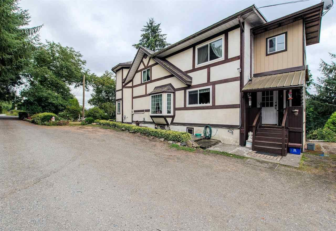 """Photo 3: Photos: 5341 256 Street in Langley: Salmon River House for sale in """"Salmon River"""" : MLS®# R2338105"""