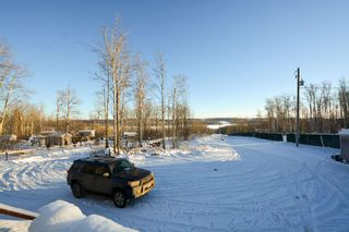 Photo 15: 13326 HIGHLEVEL Crescent: Charlie Lake Manufactured Home for sale (Fort St. John (Zone 60))  : MLS®# R2126238