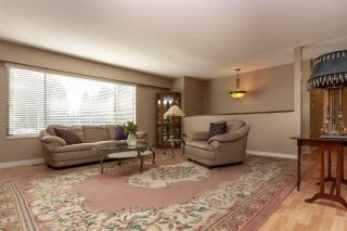 """Photo 3: 3580 ST. THOMAS Street in Port Coquitlam: Lincoln Park PQ House for sale in """"SUN VALLEY"""" : MLS®# R2292650"""