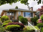 Property Photo: 4368 CAMBRIDGE ST in Burnaby