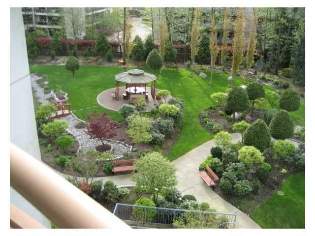 """Photo 9: Photos: 408 4425 HALIFAX Street in Burnaby: Brentwood Park Condo for sale in """"THE POLARIS"""" (Burnaby North)  : MLS®# V806382"""