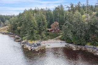 Photo 4: 1966 Gillespie Rd in : Sk 17 Mile House for sale (Sooke)  : MLS®# 878837